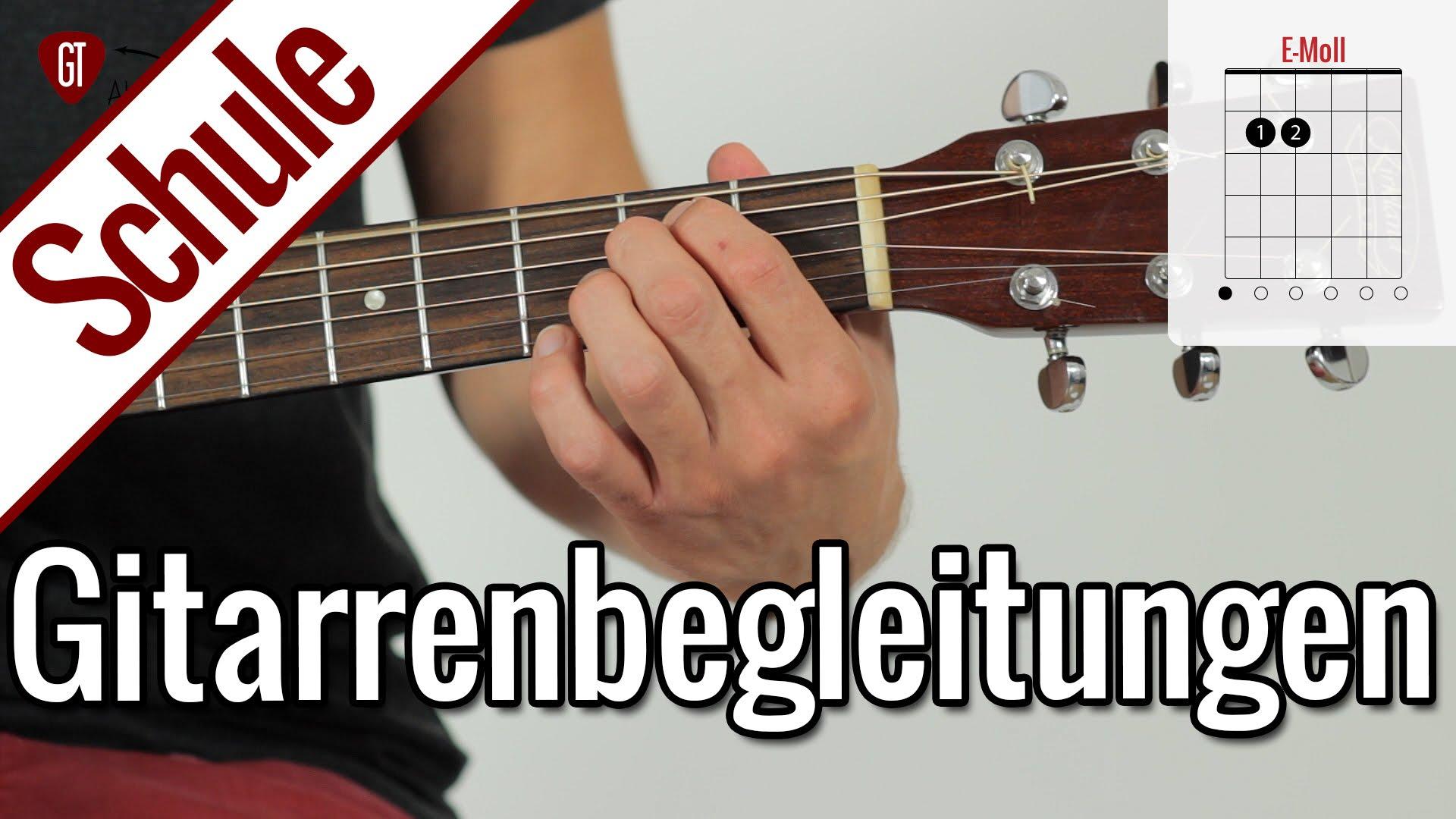 Gitarre lernen – Vierte Gitarrenstunde: Die ersten Begleitungen | Gitarrenschule